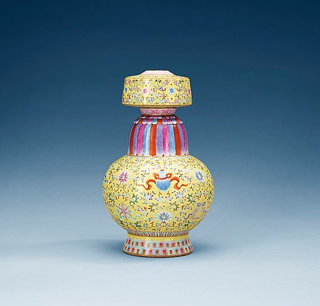 Post image for Bukowskis  Classic Sale June 17, at 10:00 am – Oriental Ceramics and Works of Art