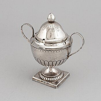 Post image for Bukowskis   Russian Silver & Works of Art Auction online  22 november !